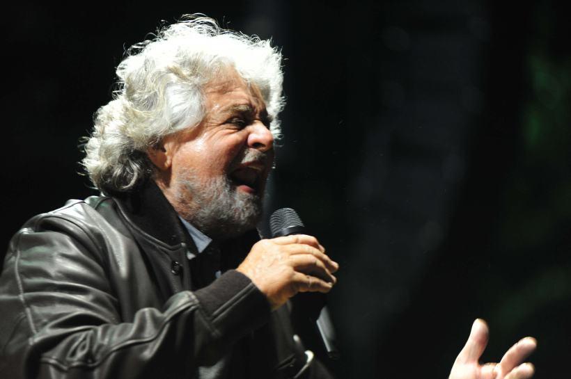 CHIUSURA CAMPAGNA ELETTORALE MOVIMENTO CINQUE STELLE A SOSTEGNO DEL CANDIDATO A SINDACO PER IL COMUNE DI PARMA